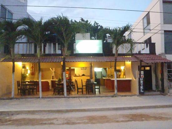 La Vongola : New location over the main Avenue!