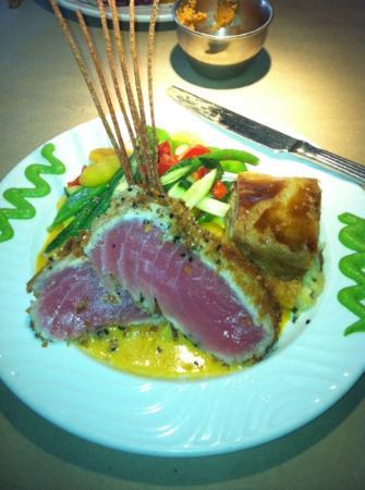 Cafe Luna Bistro: Excellent Seared Tuna