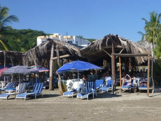 Lety's Restaurant : Right on the beach - relax and eat.