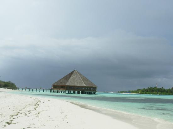 Meeru Island Resort & Spa: South end of island