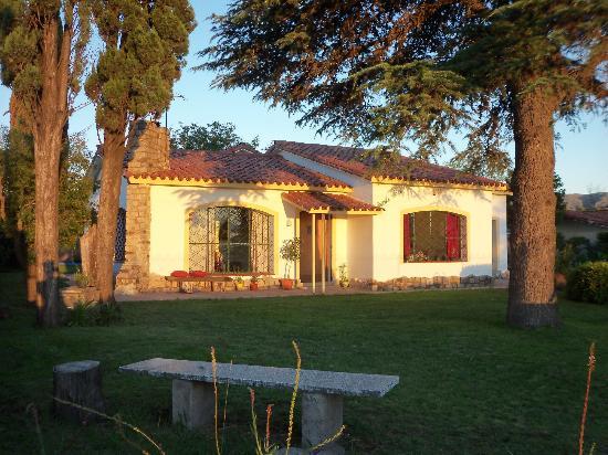 La Farfalla Posada - Hostel: Frente de la casa