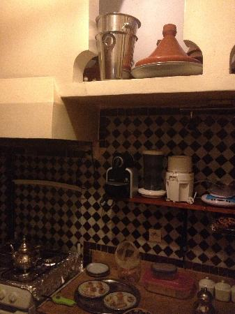 Riad Al Badia: Kitchen