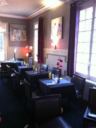 Les Forges: Salle du restaurant