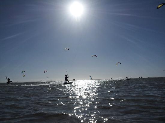 Kiten in Tarifa mit FREE YOUR MIND
