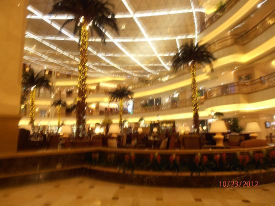 جراند سنترال هوتل شنغهاي: lobby 