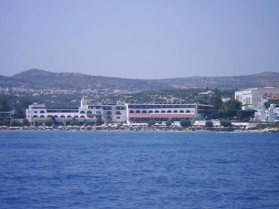 Creta Maris Beach Resort: Creta Maris Hotel taken from boat!