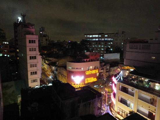 "Beautiful Saigon Hotel: THE ""CRAZY BUFFALO"" AT NIGHT..!"