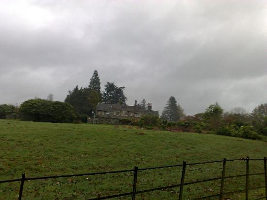 Cragwood Country House Hotel: Walking back up from the lake
