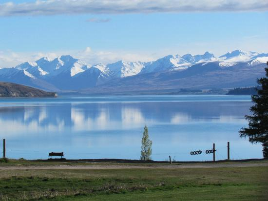Lake Tekapo Village Motel: From the deck of our room