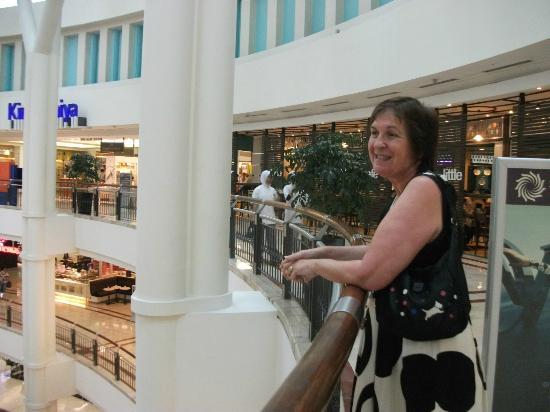 Seri Pacific Hotel: shopping here i come