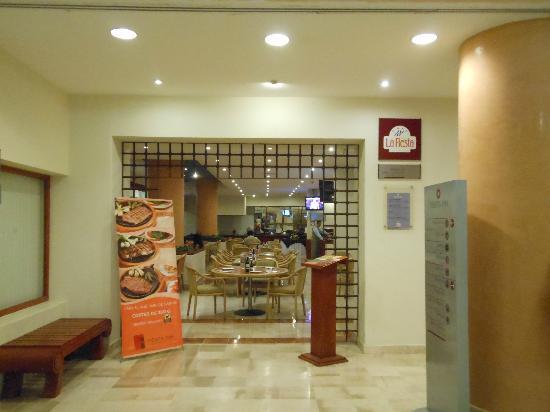 Fiesta Inn Veracruz Boca del Rio: Entrada al Restaurant