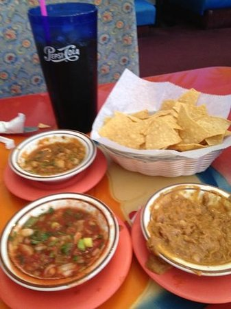 Casa Serrano Mohave Valley: chips salsa bean dip served at every table