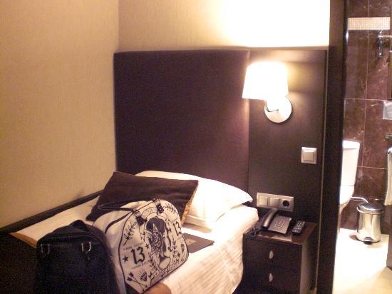 Hotel Constanza Barcelona: cama