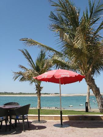 Al Raha Beach Hotel: View of Sea