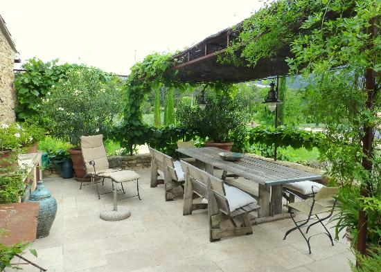 Domaine Les Roullets : breakfast area
