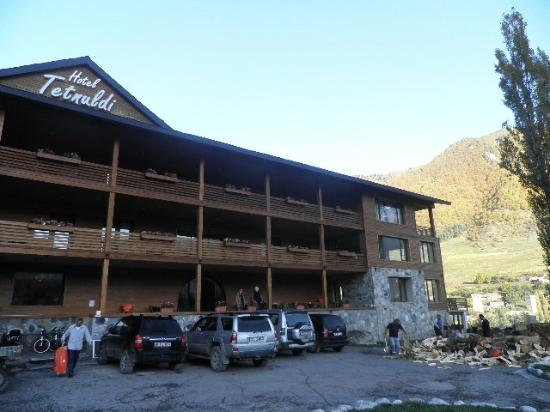 vista del hotel TETNULDI en MESTIA