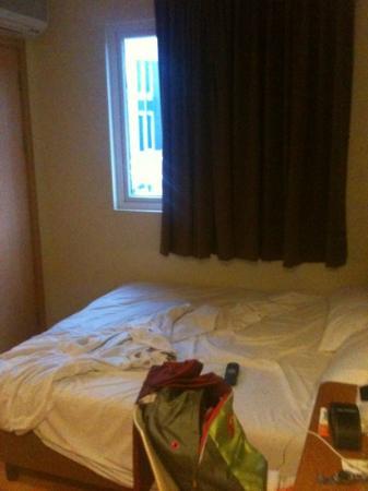 โรงแรมฟรากแรนซ์เซเลกี: 3 x 3 meter only