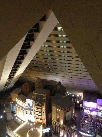 Pyramid Deluxe Room Picture Of Luxor Hotel Casino Las Vegas
