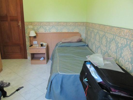 Hotel Nice: single room