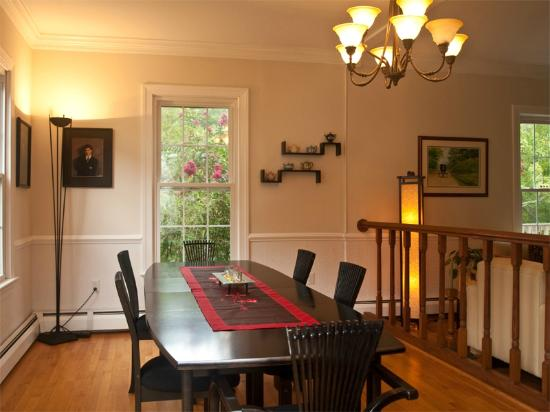 Shenandoah Manor Bed and Breakfast: Dining Room