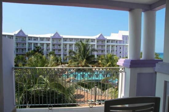 Hotel Riu Ocho Rios: View from Garden View Jr. Suite