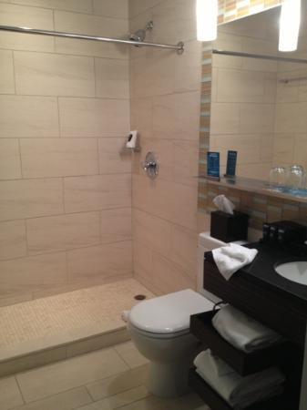 Kimpton Ink48 Hotel: bagno
