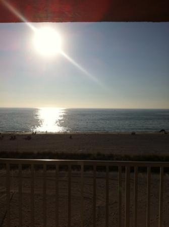 艾蘭德海灘度假飯店照片