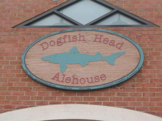 Dogfish Head Alehouse Sign