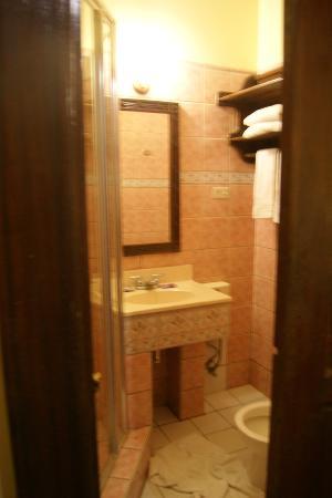 True Home Hotel, Boracay: Toilet