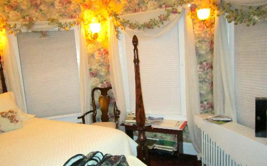 Lily House B&B: Rose Room