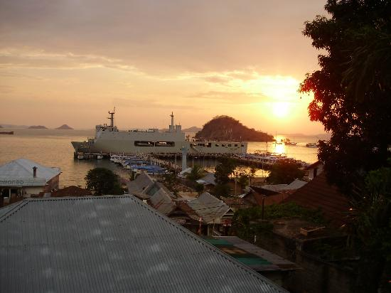 Green Hill Boutique Hotel: Sunset from balcony