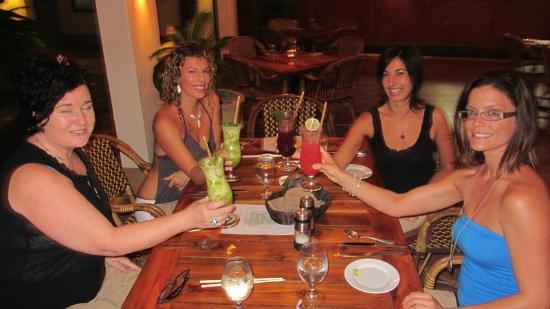 Harmony Hotel Nosara: Nosarananda Yogini Cheers