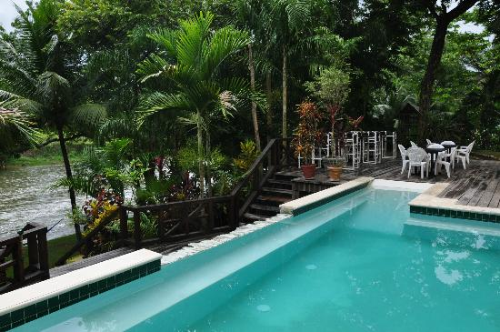 Mahogany Hall Boutique Resort: Pool