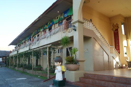 Sampaguita Gardens: Hotel rooms