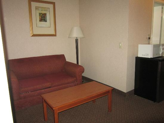 Quality Inn & Suites Oceanside: Sitting area
