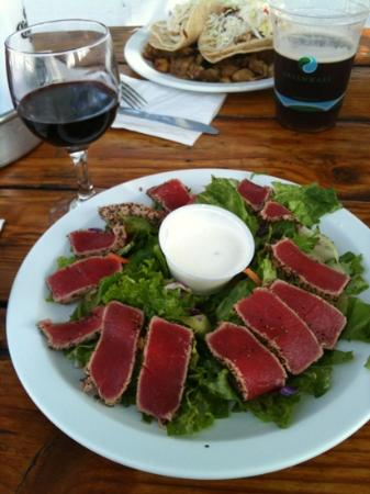 Reel Inn: seared peppered tuna salad