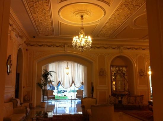 Grand Hotel Continental: lobby