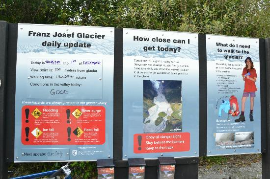 Franz Josef Glacier: sign before entry