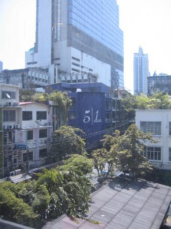 Lub d Bangkok Silom: View