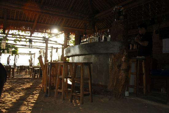 LaLaanta Hideaway Resort: the bar