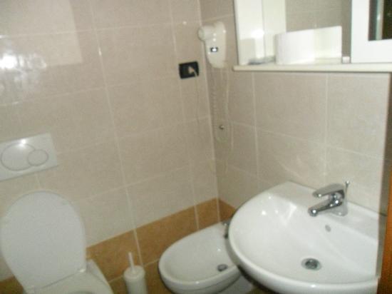 Hotel Tre Stazioni: il bagno