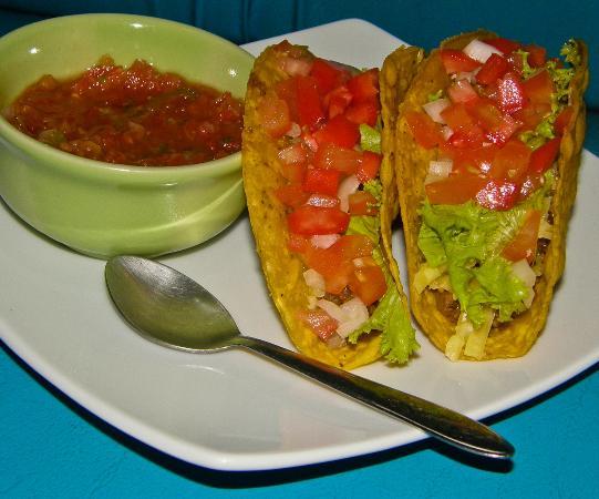 Ben's Deli: Tacos and Salsa