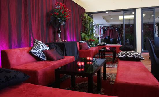 Quality Suites Boulevard On Beaumont : Function