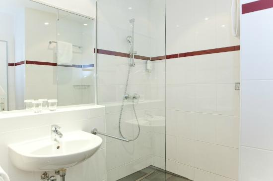 Hotel Viennart am Museumsquartier: Bath room