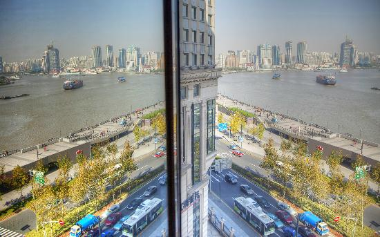 Les Suites Orient, Bund Shanghai: Best Bathroom view