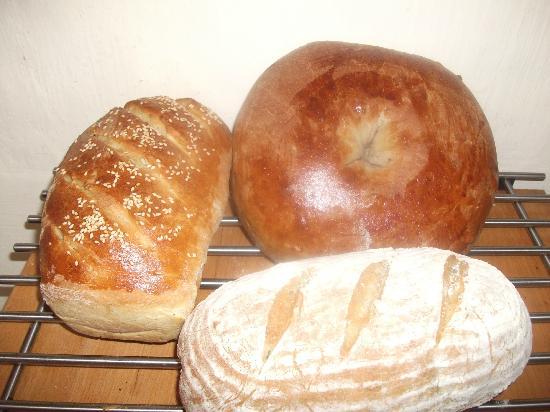 The Artisan Bakehouse: Delicious Artisan Bread baked