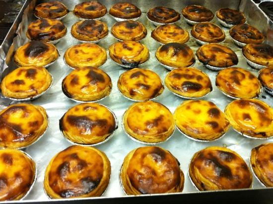 G.D.R. Os Lusitanos : pasteis de nata portugueses nos Lusitanos