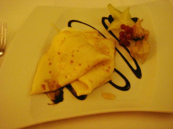 desserteller crepes mit eis bild von bosporus k ln tripadvisor. Black Bedroom Furniture Sets. Home Design Ideas