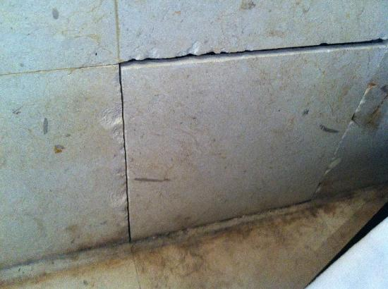 Park Hotel Nusa Dua: tiles