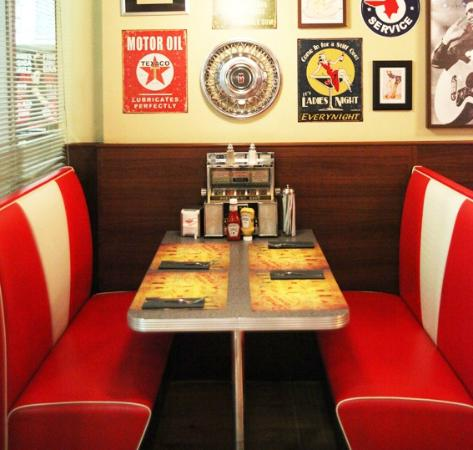 Un rincón con estilo Bernie's diner